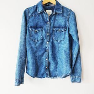 Forever 21 acid washed denim button up shirt